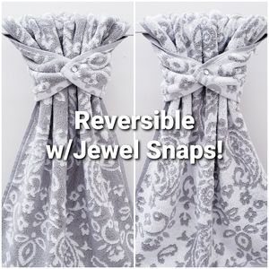 #982 ONE REVERSIBLE Snap-on HAND Towel *JEWEL snap